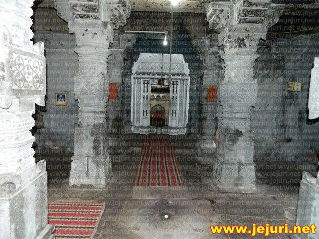 vateshwar mandap saswad